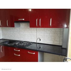 Кухня під індивідуальне замовлення (фасад глянець червоний)